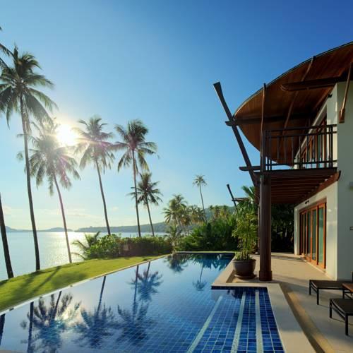coconutvillage2