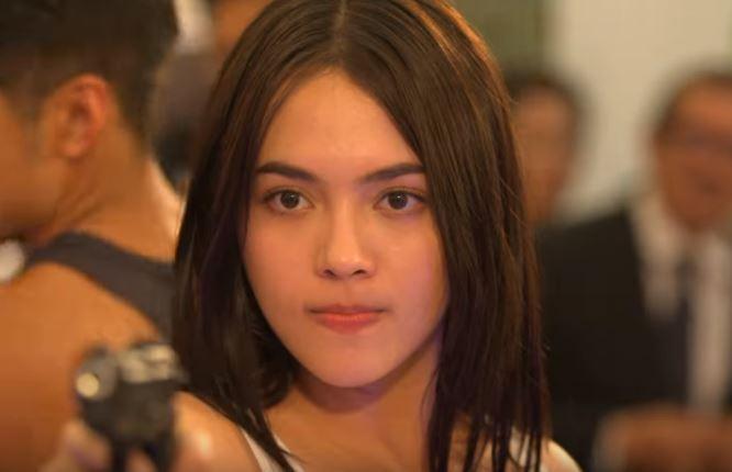 Julia Montes (2)