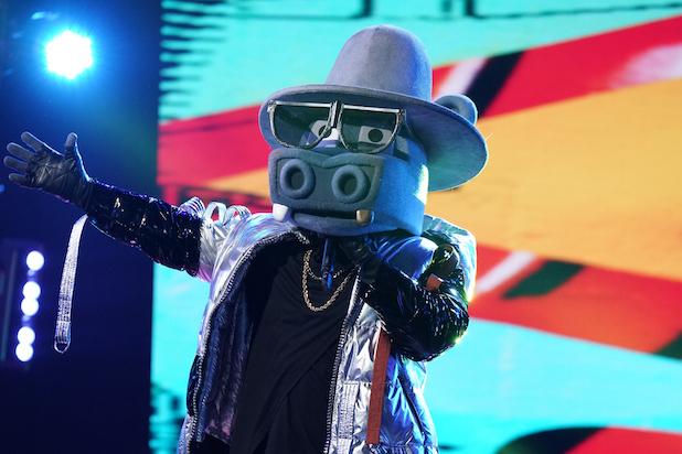 The-Masked-Singer-1.jpg
