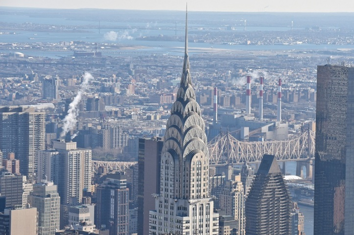 chrysler-building-sold-at-a-loss.jpg