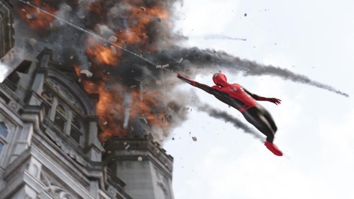spider-man-far-from-home-bfb4500_trlcomp_v174.jpg