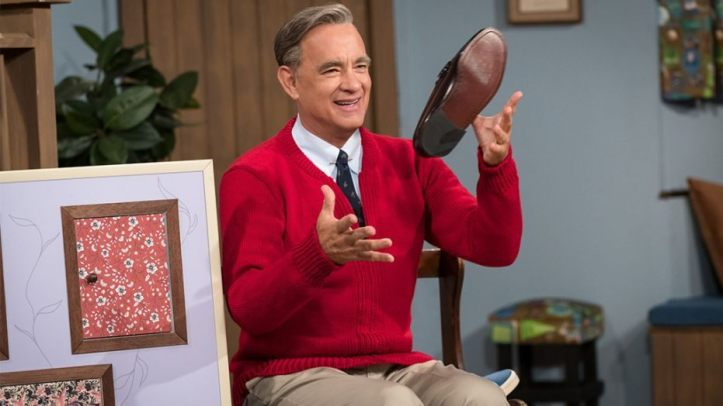 Tom-Hanks-as-Mr-Rogers.jpg