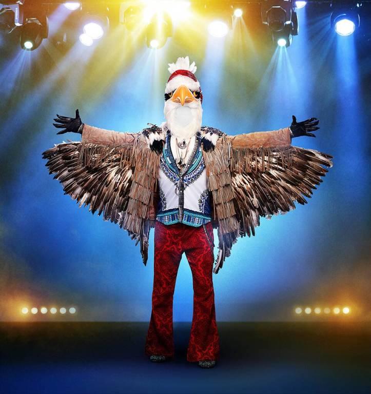 rs_964x1024-190903102425-1024.the-masked-singer-eagle-lp.9319