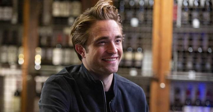 tdy_sun_sitdown_pattinson_191201.social_share_1200x630_center