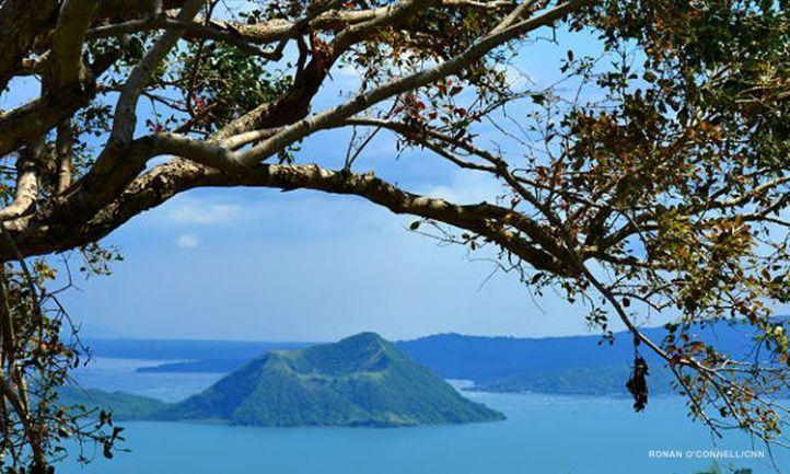 Taal-Volcano_1_CNNPH